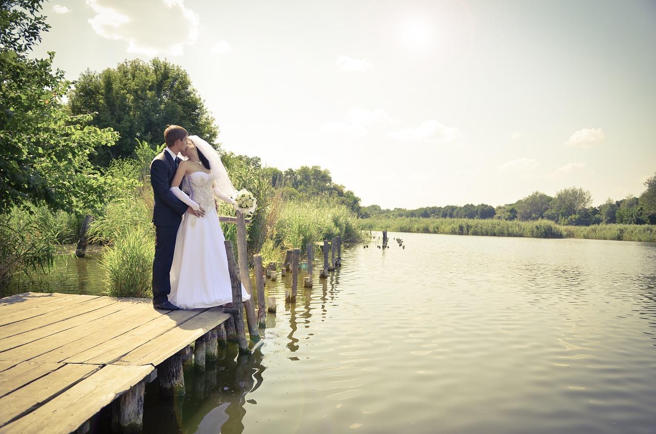 wedding-798773_1280.jpg