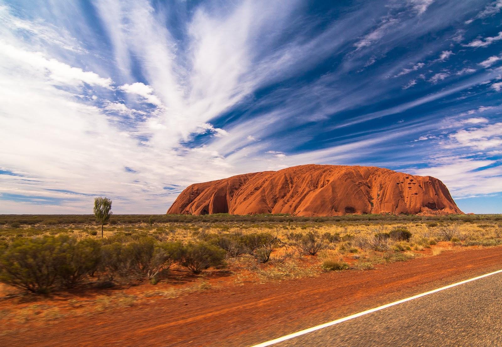 Australia Balloon flight, Uluru, Ayers Rock,