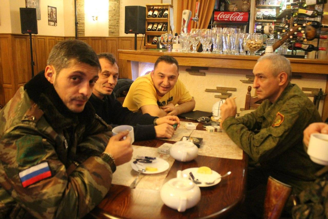 Гиви (слева), Семчук и Мальцев в Донецке. Опубликовано 15 декабря 2014г.