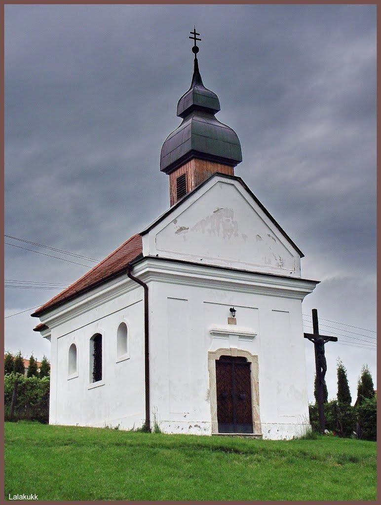 C:\Users\user\Desktop\Egyházközség\Új honlap\Templom történet\Kálvária kápolna.jpg