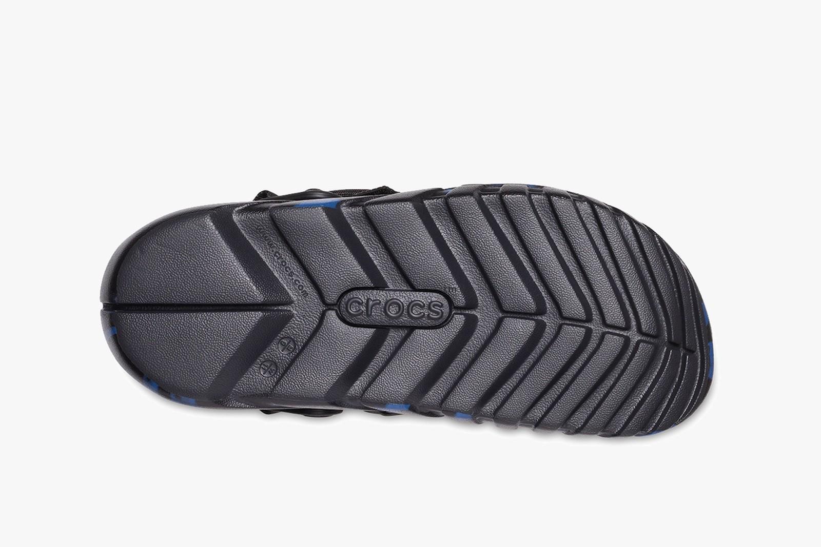 """Post Malone X Crocs"" รองเท้าแตะที่มีชุดแต่ง 04"