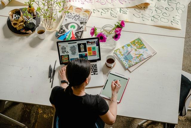 Graphic Artist planning her design