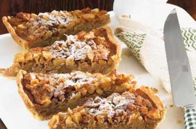 Walnut and honey tart