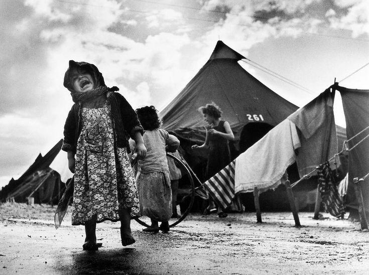 رابرت کاپا از عکاسان معروف جهان