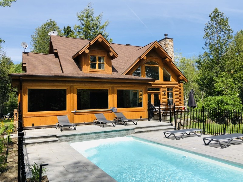 #7 listing of Cottages for rent in the Laurentians of Quebec on WeChalet
