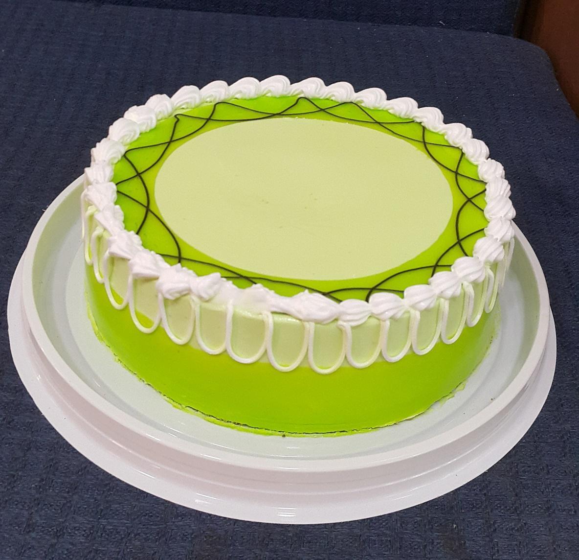 Những chiếc bánh sinh nhật vị trà xanh có gì mà mọi người lại ham thích đến thế?