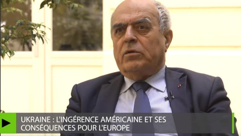 Бывший глава внешней разведки Франции Ален Жюйе в эфире RT в 2016 году.