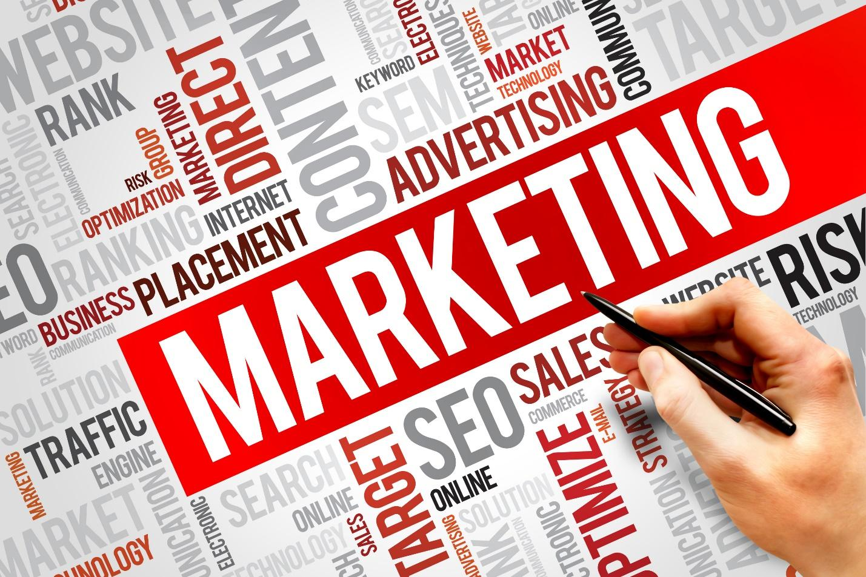 Marketing online để tiếp thị sản phẩm, dịch vụ thông qua các công cụ tìm kiếm trên internet