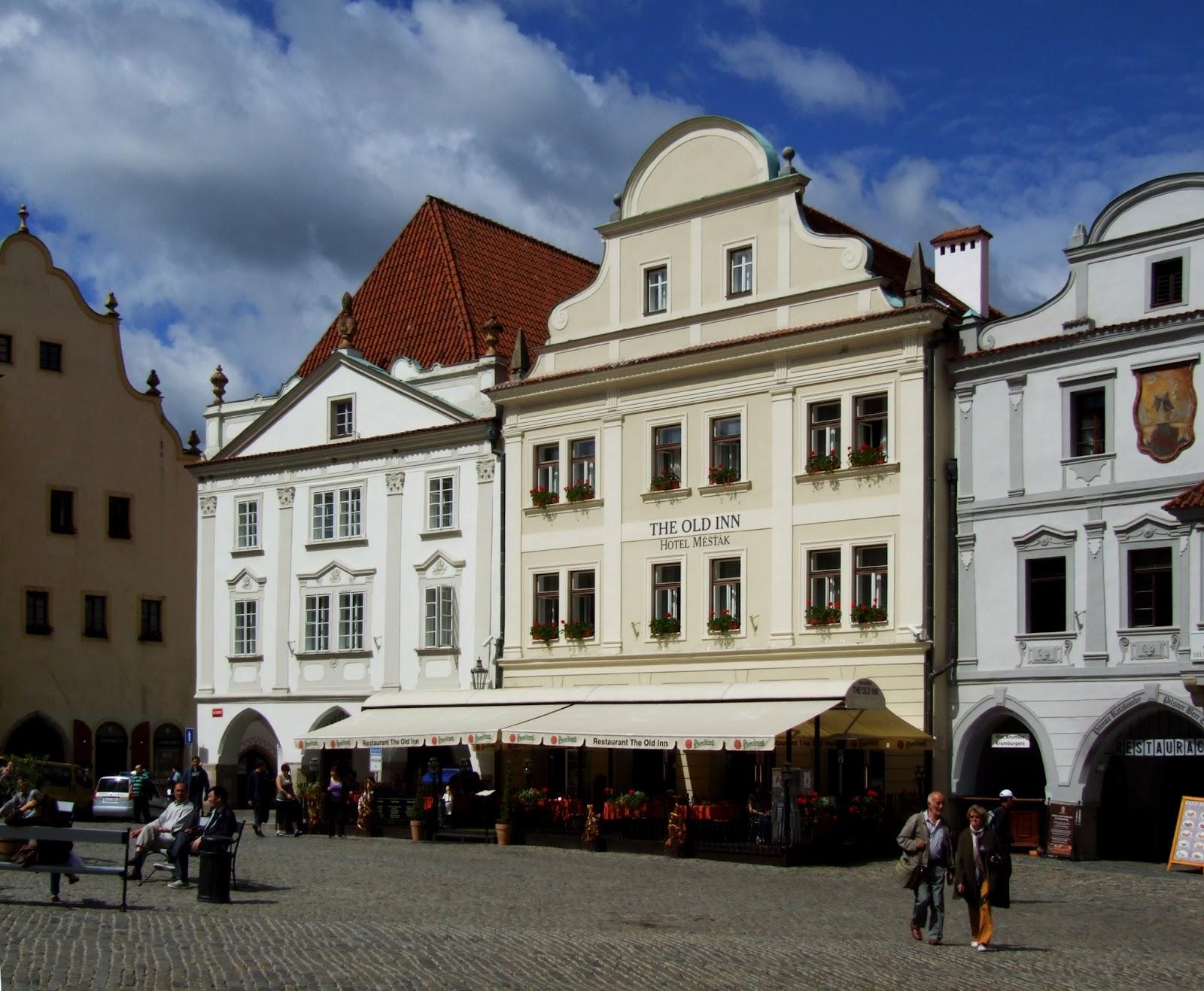 File:Náměstí Svornosti (Český ...