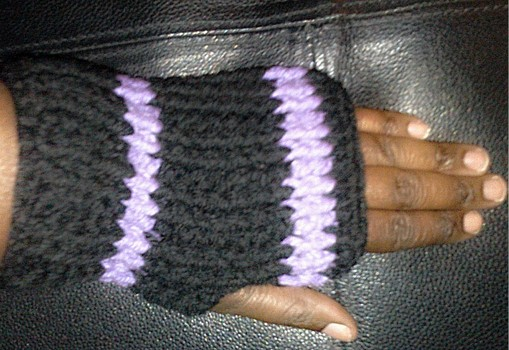 Crochet pattern: Ribbed fingerless gloves