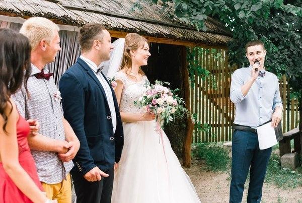 Ведущие на свадьбу с профессиональным опытом – полезные советы