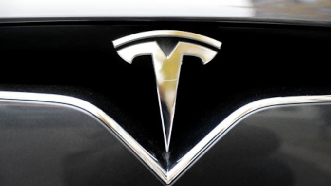 Tesla opens up positions for the senior-level executives of India. 2