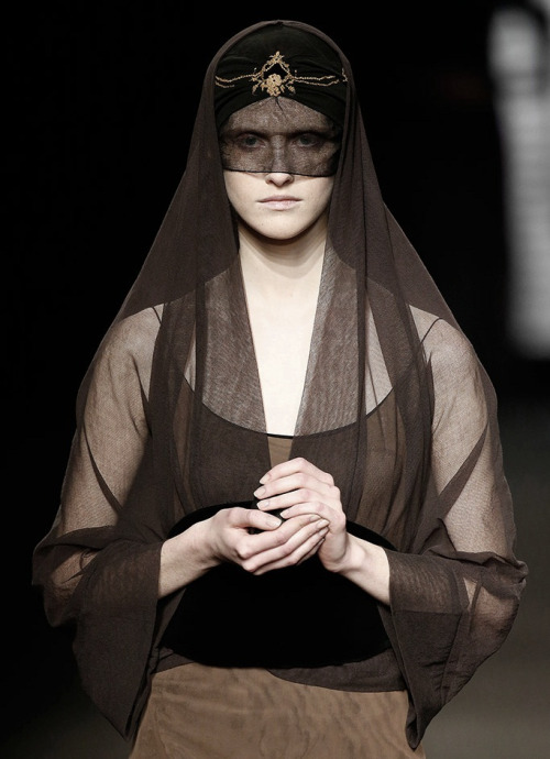 130186:Natalie Capell Fall 2015  bene gesserit witch