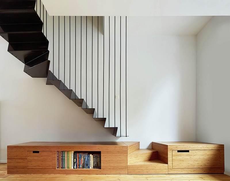 suspended-stairs.jpg