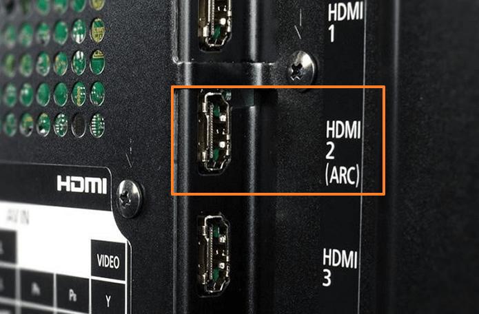Подключение наушников через HDMI ARC-порт