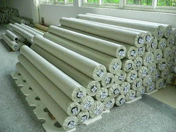 Tubular knitted fabric roll