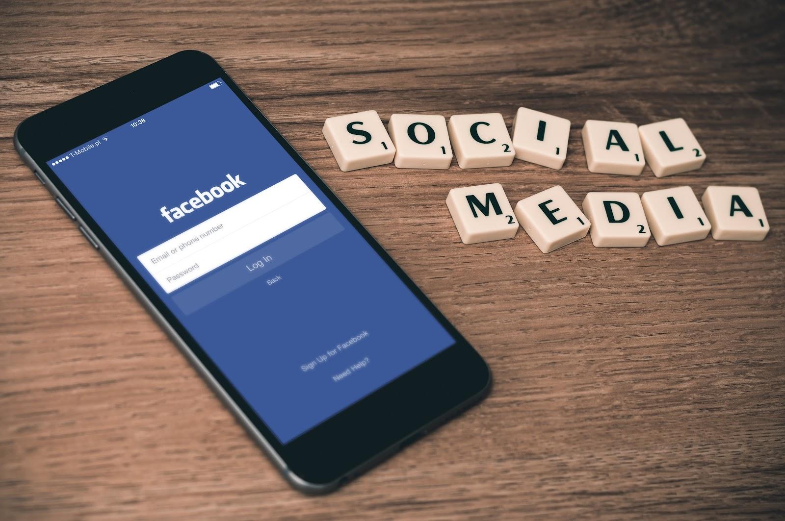 網路賺錢方法#6:經營社群媒體