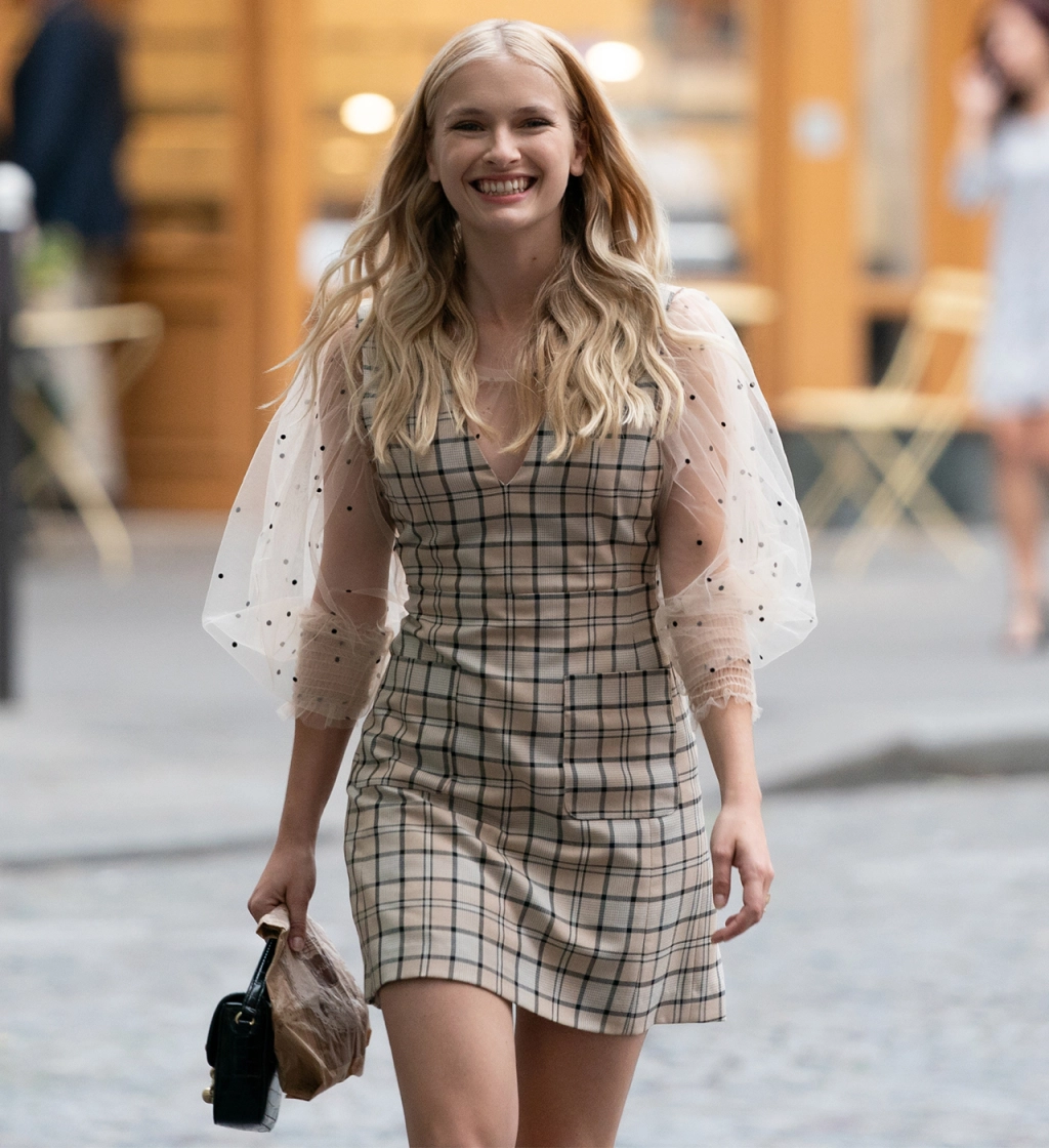 5 Emily in Paris Looks That Wowed the Global Audience