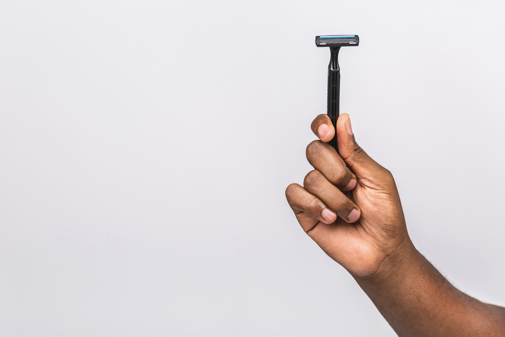 Getting Razor Burn After Shaving Your Face? Here's What to Do