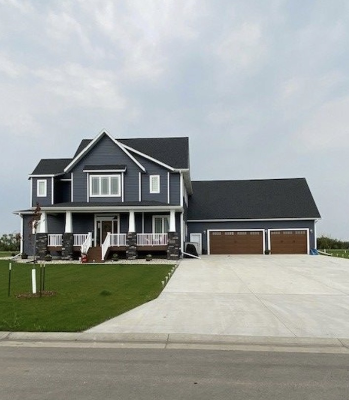 The Benefits of Seamless Steel Siding