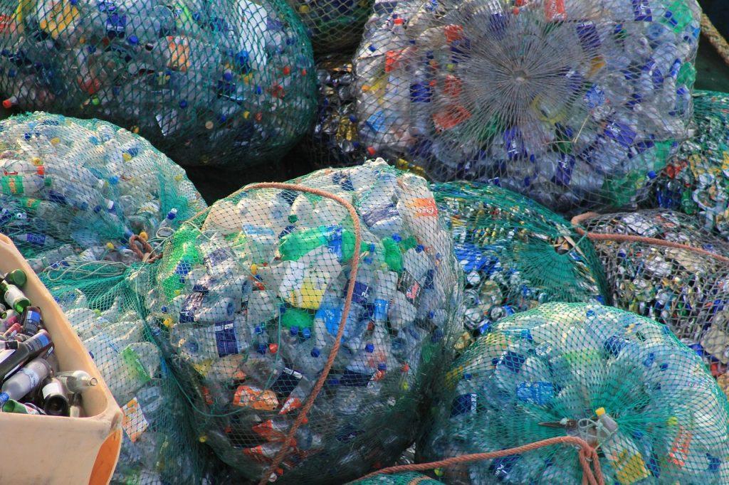 plástico para reciclagem