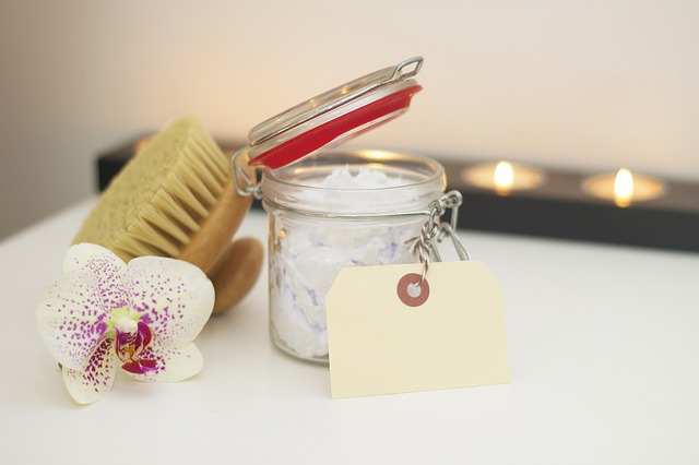 At-Home Beauty Tips for Looking Great Without Visiting a Salon