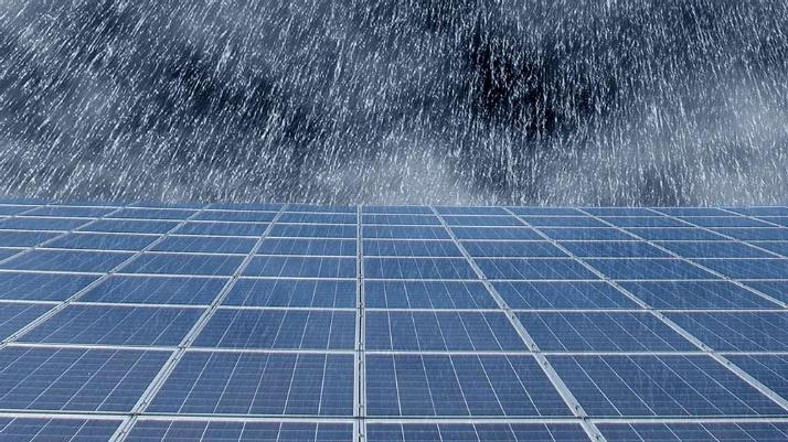 Resultado de imagem para usina solar na chuva
