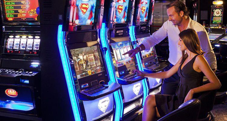 Новинки игровые автоматы казино рояль в будве