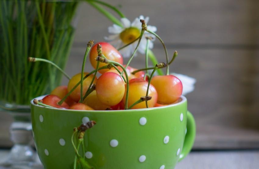 Плоды черешни сорта Аэлита