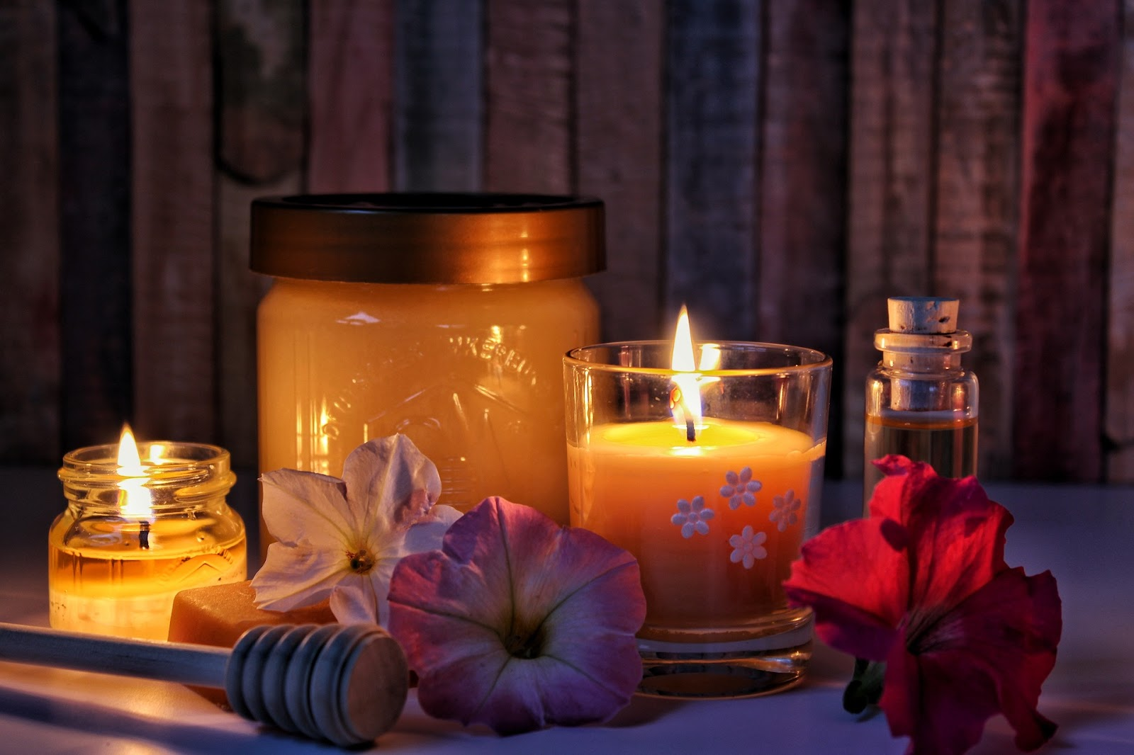 honey flowers and candles