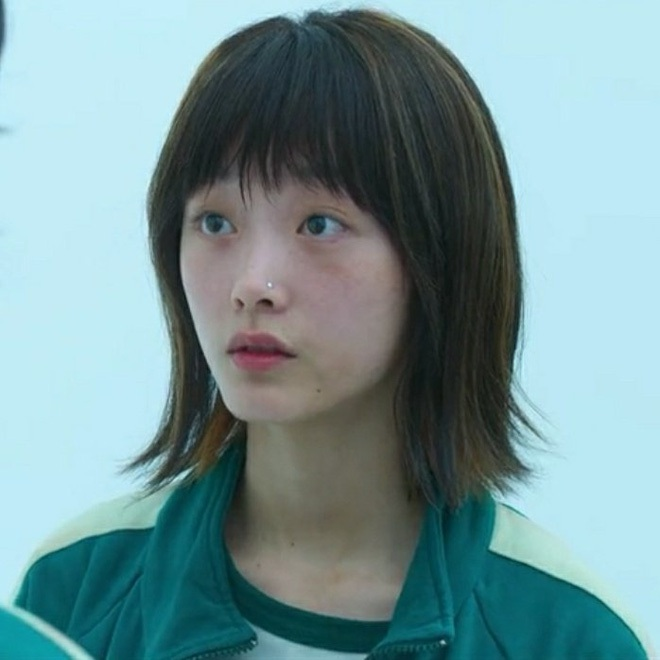 5 diễn viên Hàn chật vật nhiều năm mới nổi tiếng: Kim Seon Ho, Shin Hye Sun chưa khổ bằng bé đẹp Squid Game - Ảnh 13.