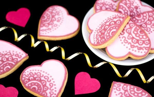 cookies 16 طرز تهیه شیرینی قلبی روز ولنتاین + آموزش تهیه کوکی قبلی و عاشقانه