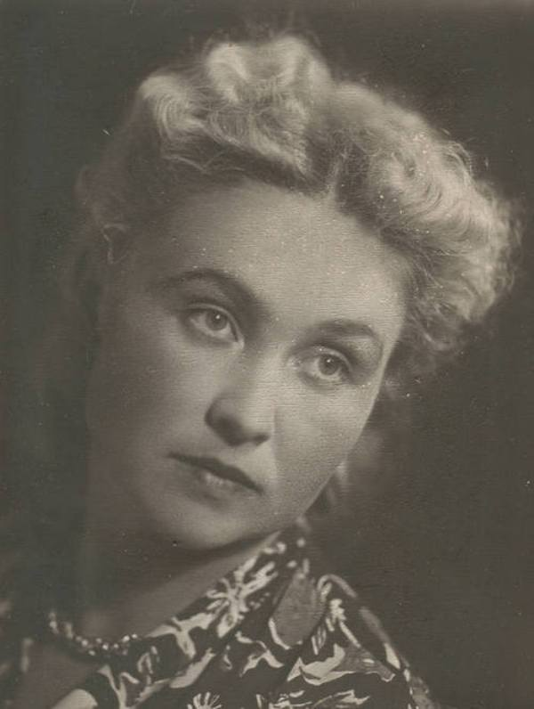 Елена Маркова (Иванова)