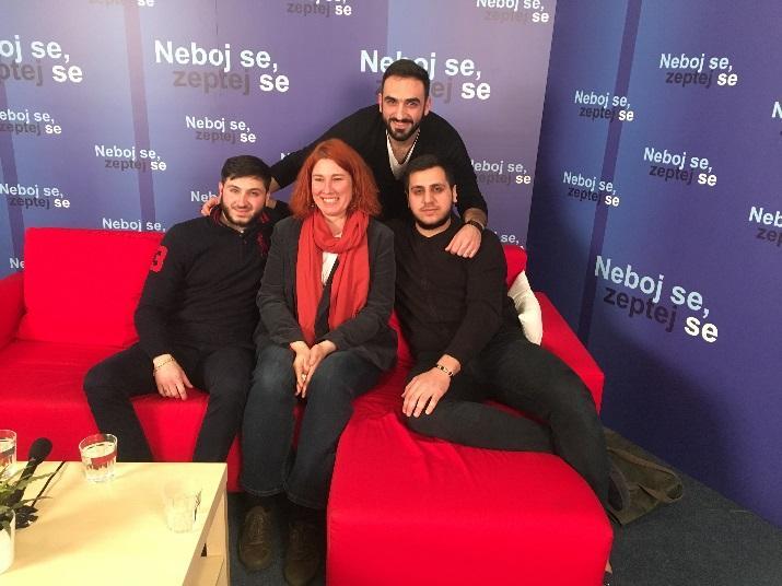 C:\Users\Nailya\Desktop\Rodina Odvedle\Rodina Odvedle 2019\Neboj se, zeptej se\fotky natáčení\1. díl - Arménie\IMG_0309.JPG