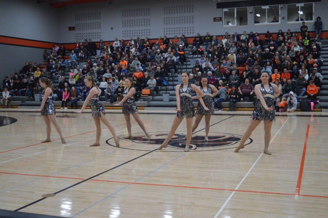 GHS Tigerpaws Halftime show