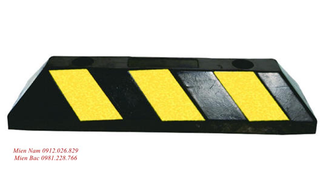 Cục canh bánh xe bằng cao su có phản quang