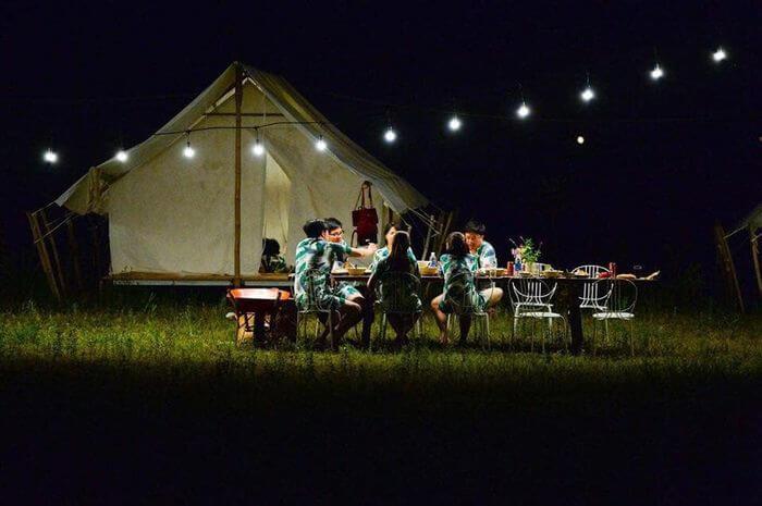 Ăn tối tại yên retreat