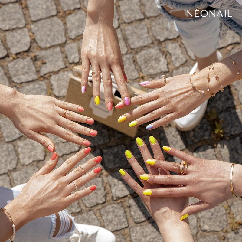 Kolorowe paznokcie hybrydowe