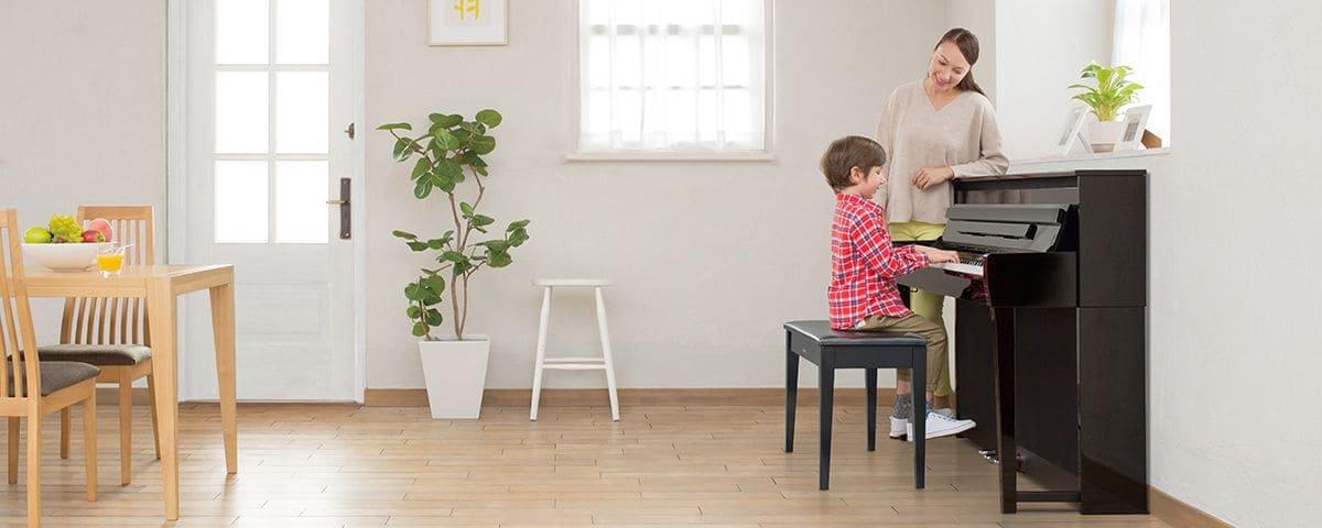 chọn đàn piano cho bé mới học