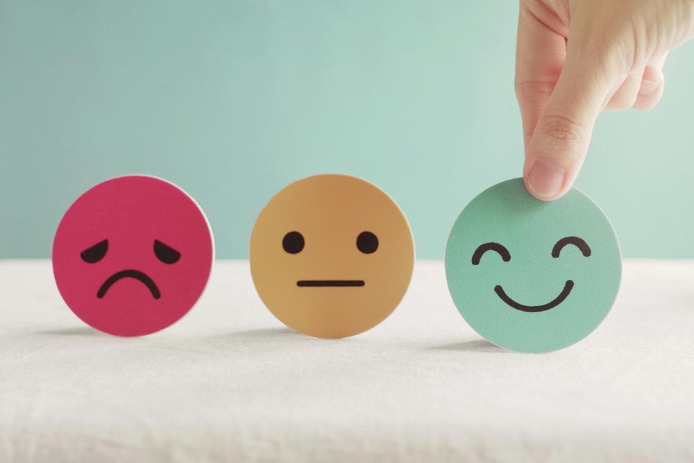 Meskipun diketahui sangat efektif, strategi pemasaran dengan pendekatan emosi memiliki risiko tersendiri