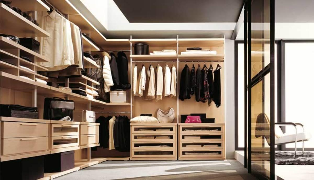 Luxurious Walk in Wardrobes