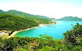 Visiting Vung Ro Bay