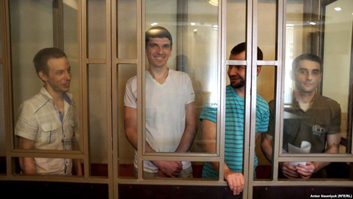 Слева-направо: Руслан Зейтуллаев, Рустем Ваитов, Нури Примов и Ферат Сайфуллаев