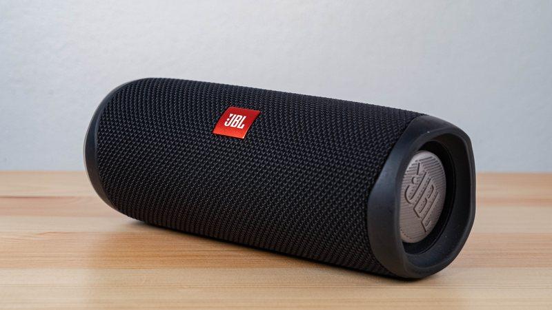 Cylindrical Bluetooth Speaker - JBL
