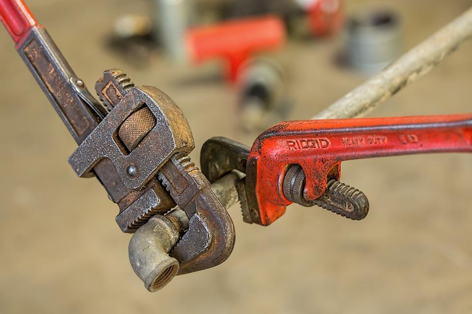 plumbers in Lakewood