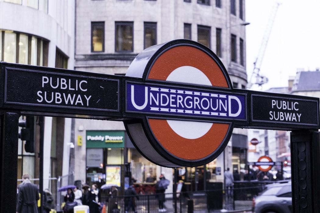 PlaceTech   Transport for London pour suivre les utilisateurs de Tube via  wifi