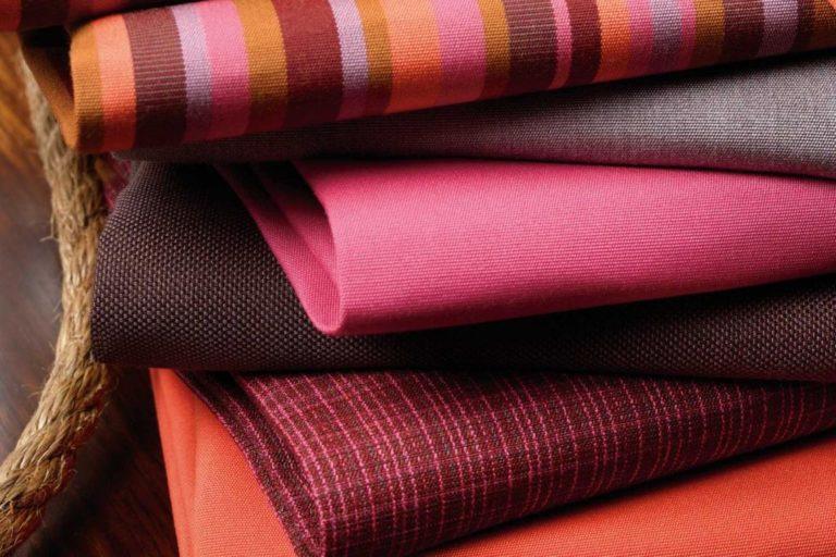 Ткани для обшивки кровати