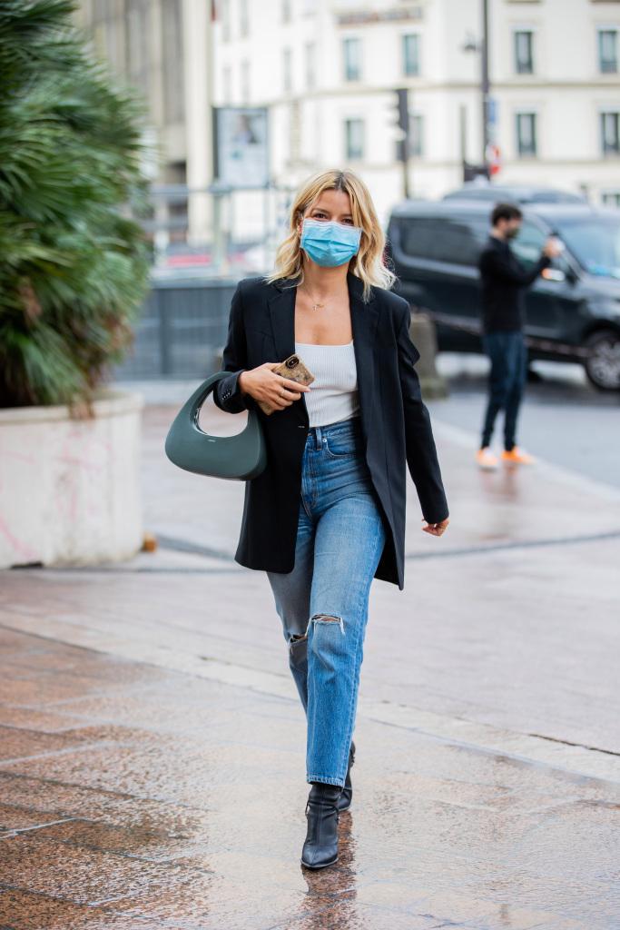 Coperni's $900 Handbags Are Dominating Paris Fashion Week