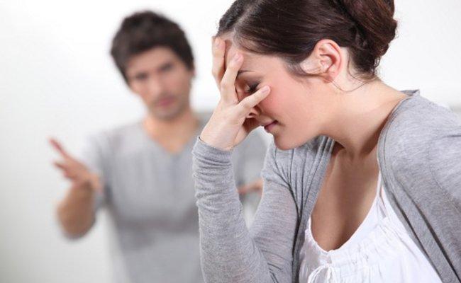 Chê bai ngoại hình của vợ là dấu hiệu để nhận biết chồng đã chán vợ