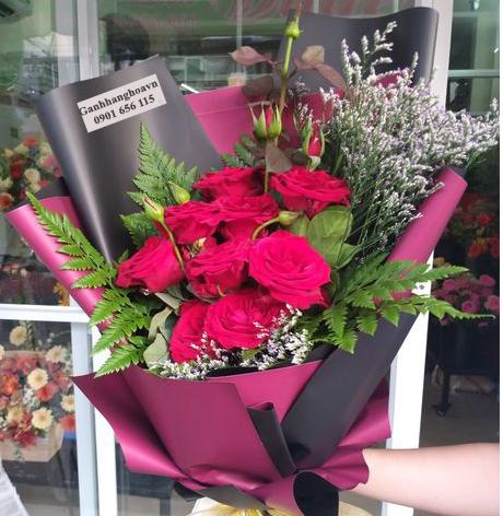 tăjng hoa hồng ngày lễ tốt nghiệp